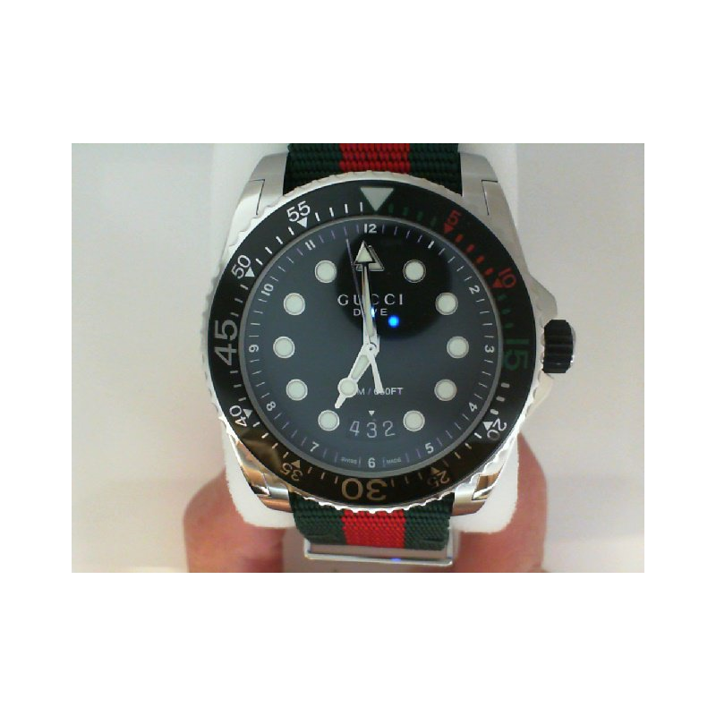 Gucci Timepieces 500-02437