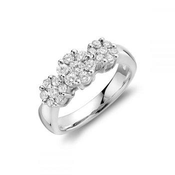 Three Stone Cluster Mount Diamond Ring
