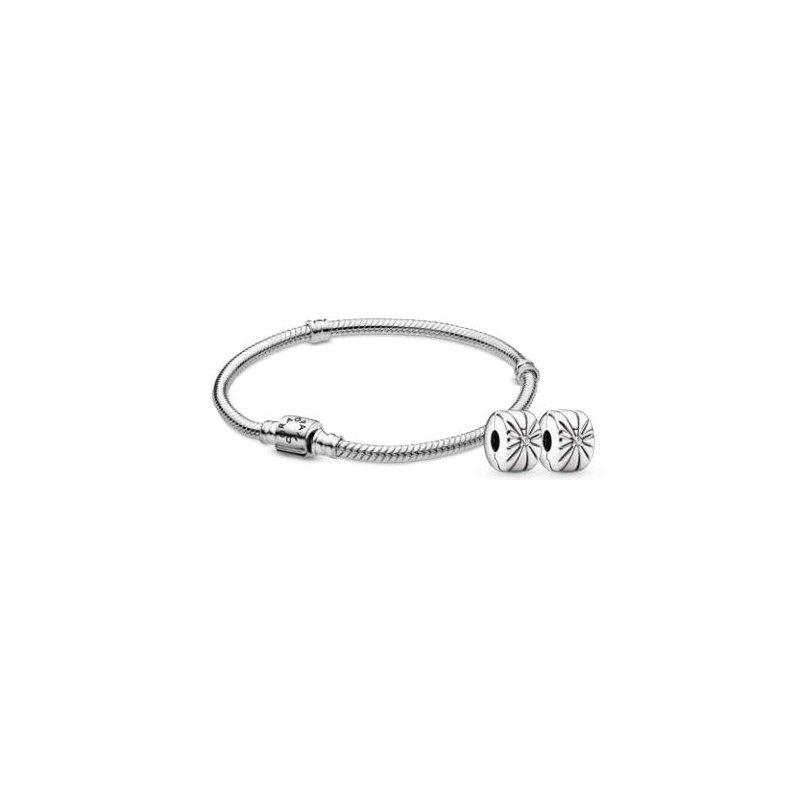 PANDORA Iconic Clasp Bracelet Gift Set