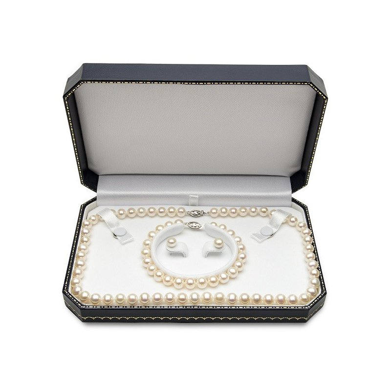 Kelley Collection  Freshwater Cultured Pearl Set