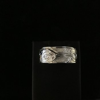 Hummingbird Ring by Ron Jackson