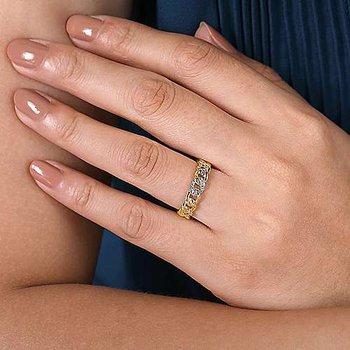 14K Yellow Gold Fashion Link Ladies Ring