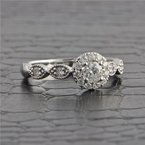 Royal Jewelry Diamond Engagement Ring in White Gold