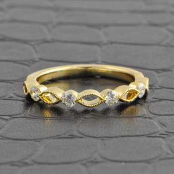 Openwork Criss-Cross Style Wedding Band in Yellow Gold