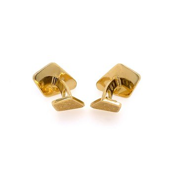 Kite Shaped 18k Yellow Gold Cuff Links
