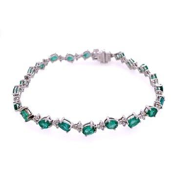 Emerald and Diamond Bracelet in White Gold
