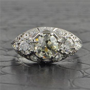 Antique Platinum Edwardian Three Stone Old European Cut Diamond Ring