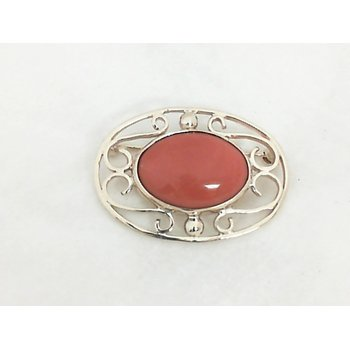 Coral Pin in Yellow  Gold