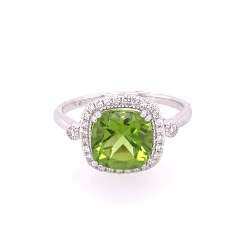 Royal Jewelry Peridot and Diamond Ring in White Gold