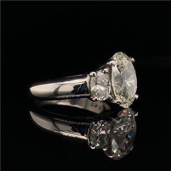 GIA 3.01 Carat Oval Cut Diamond Engagement Ring in Platinum