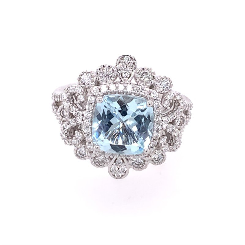 Royal Jewelry Aquamarine and Diamond Ring in White Gold