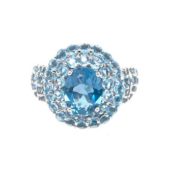 Blue Topaz Halo Ring in White Gold