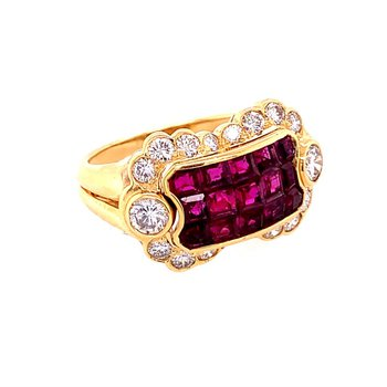 Unique Ruby and Diamond Ring in 18k Gold