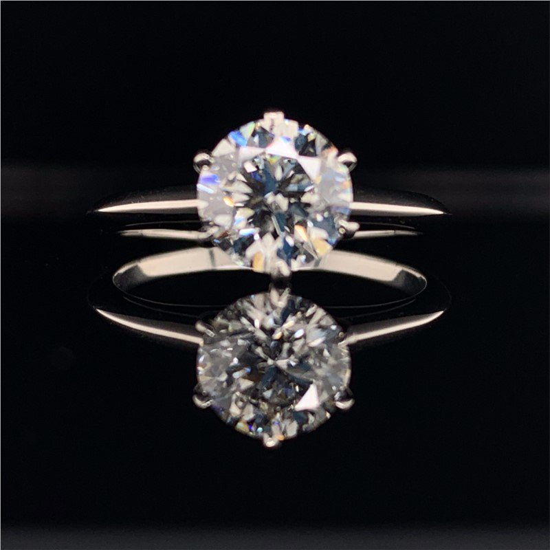 Perry's Estate Collection GIA 1.60 Carat G-SI1 Round Brilliant Cut Diamond Engagement Ring in Platinum