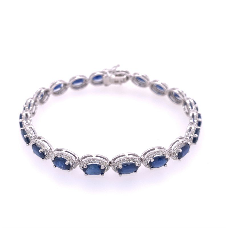 Royal Jewelry Sapphire and Diamond Bracelet in White Gold