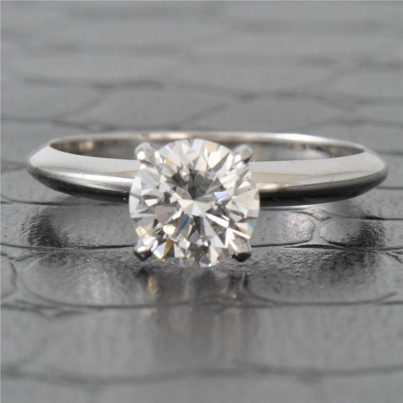 Perry's Estate Collection GIA 1.03 Carat E-VVS2 Round Brilliant Cut Diamond Engagement Ring