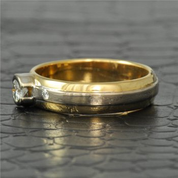 18K Two Tone Diamond Band Style Ring