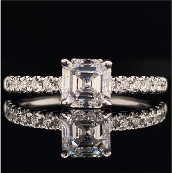 1.0 Carat G-VS1 Emerald Cut Diamond Ring in White Gold