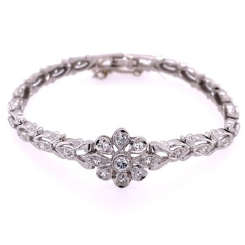 Diamond Flower Bracelet in White Gold