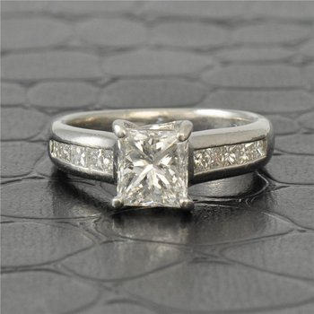 1.27 Carat Princess Cut Diamond Engagement Ring in Platinum