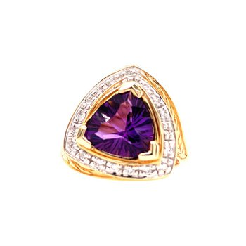 Bold Amethyst and Diamond Ring in Yellow Gold