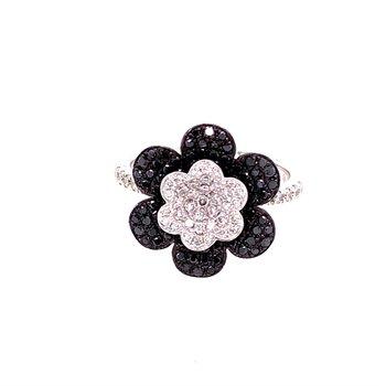 Flower Diamond Ring in White Gold