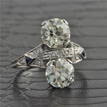 Art Deco Twin Old European Cut Diamond in Platinum