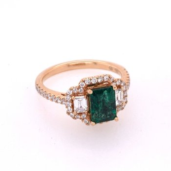 Emerald and Diamond Ring in 18k Rose Gold