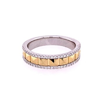 Two Tone Facted Diamond Band