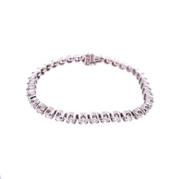"7"" 5.80 CTW Diamond Tennis Bracelet in White Gold"
