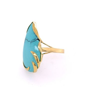 Turquoise Ring in 18k Yellow Gold