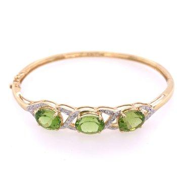 Peridot and Diamond Bangle Bracelet in Yellow Gold