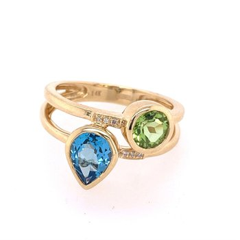 Peridot and Blue Topaz Ring in Yellow Gold