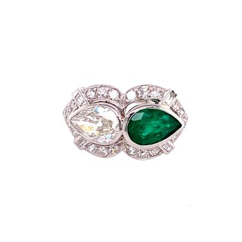 Vintage Diamond and Emerald Ring in Platinum Circa 1920s