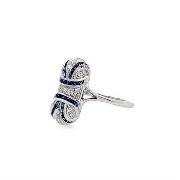 14k White Gold Sapphire & Diamonds Oblong Ring