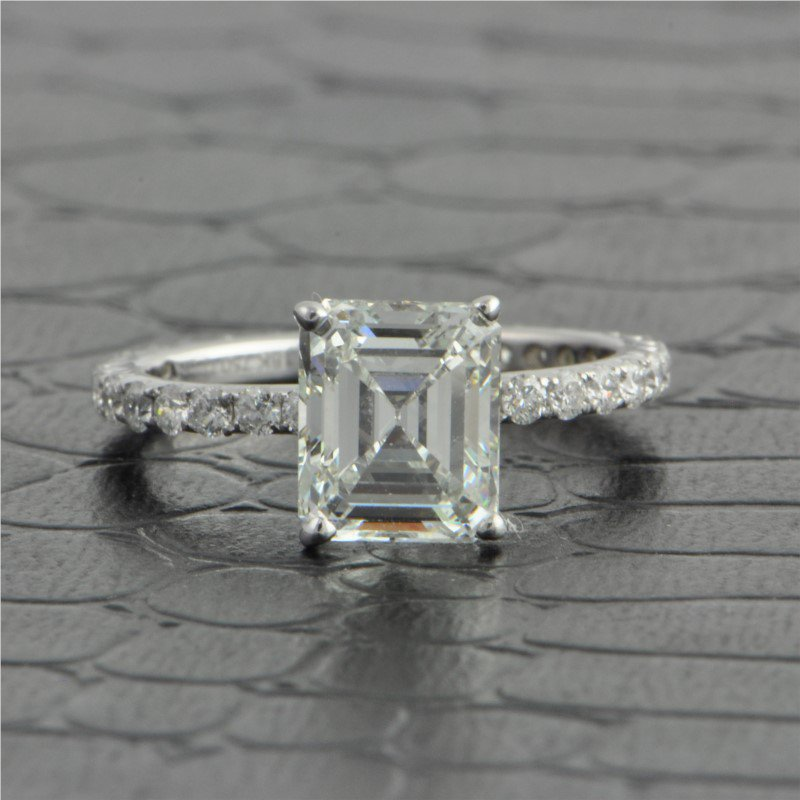 Perry's Estate Collection GIA 2.0 Carat I-VVS2 Emerald Cut Diamond Engagement Ring in 18k White Gold
