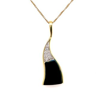 Black Coral and Diamond Pendant in Yellow Gold
