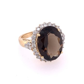 Smoky Quartz and Diamond Ring in Yellow Gold