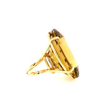110 Carat Lemon Quartz Ring in Yellow Gold