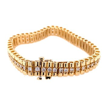 Textured Diamond Bracelet in Yellow Gold