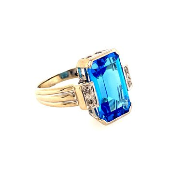 8.0 Carat Blue Topaz and Diamond Ring in White Gold
