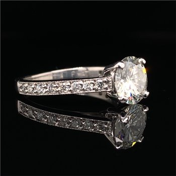 GIA 1.22 Carat Round Brilliant Cut Diamond Engagement Ring in Platinum