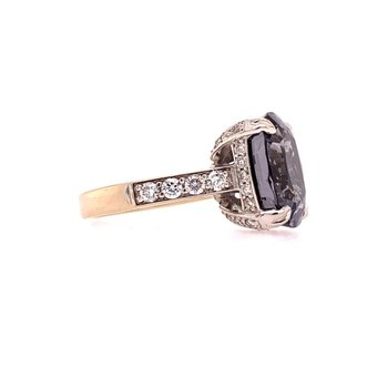 Lavendar Spinel and Dimaond Ring in White Gold