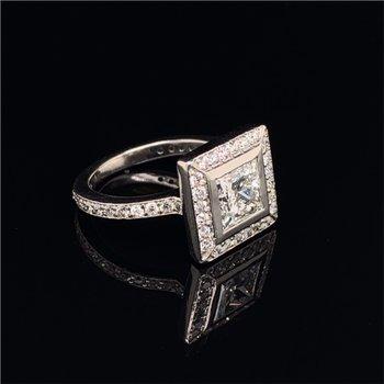 1.31 Carat H-VS1 Princess Cut Diamond Halo Engagement Ring in Platinum