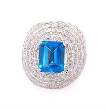 Blue Topaz and Diamond Ring in 18k White Gold