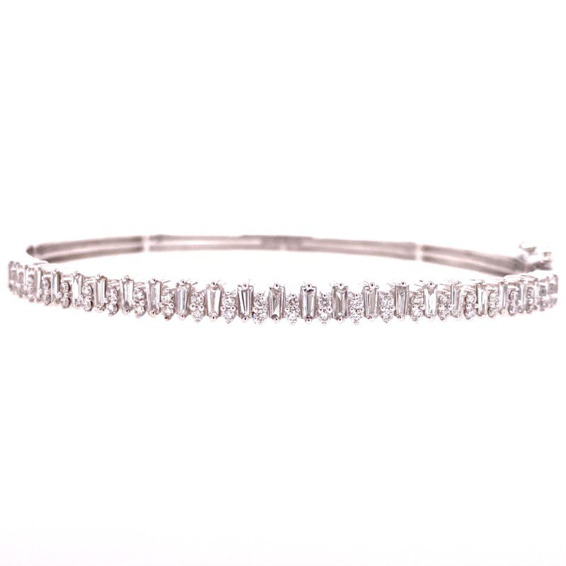 Royal Jewelry Diamond Bangle in White Gold