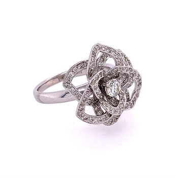 Floral Diamond Ring in 18k White Gold