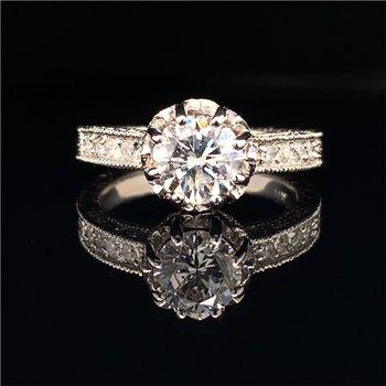 1.08 Carat Round Brilliant Cut Diamond Engagement Ring in White Gold