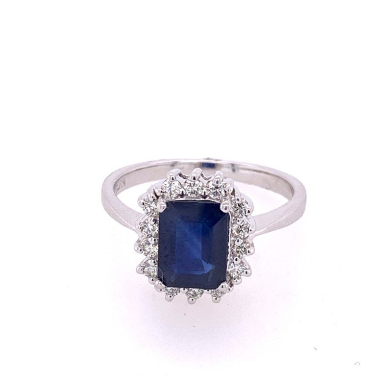 Royal Jewelry Sapphire and Diamond Ring in White Gold