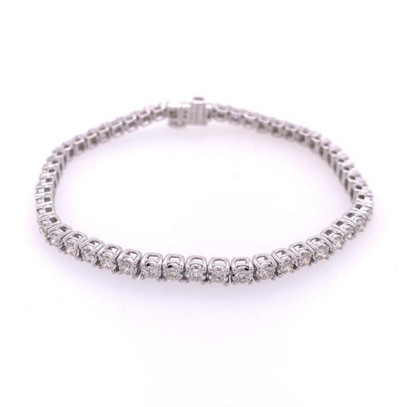 Royal Jewelry 3.0 CTW Diamond Tennis Bracelet in White Gold